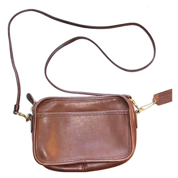 Coach Handbags - Vintage Coach crossbody small bag